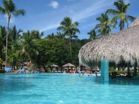 Grand-Palladium-Bavaro-Pool-1-1024