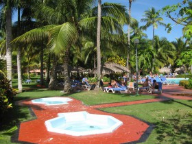 Grand-Palladium-Bavaro-Pool-2-1024