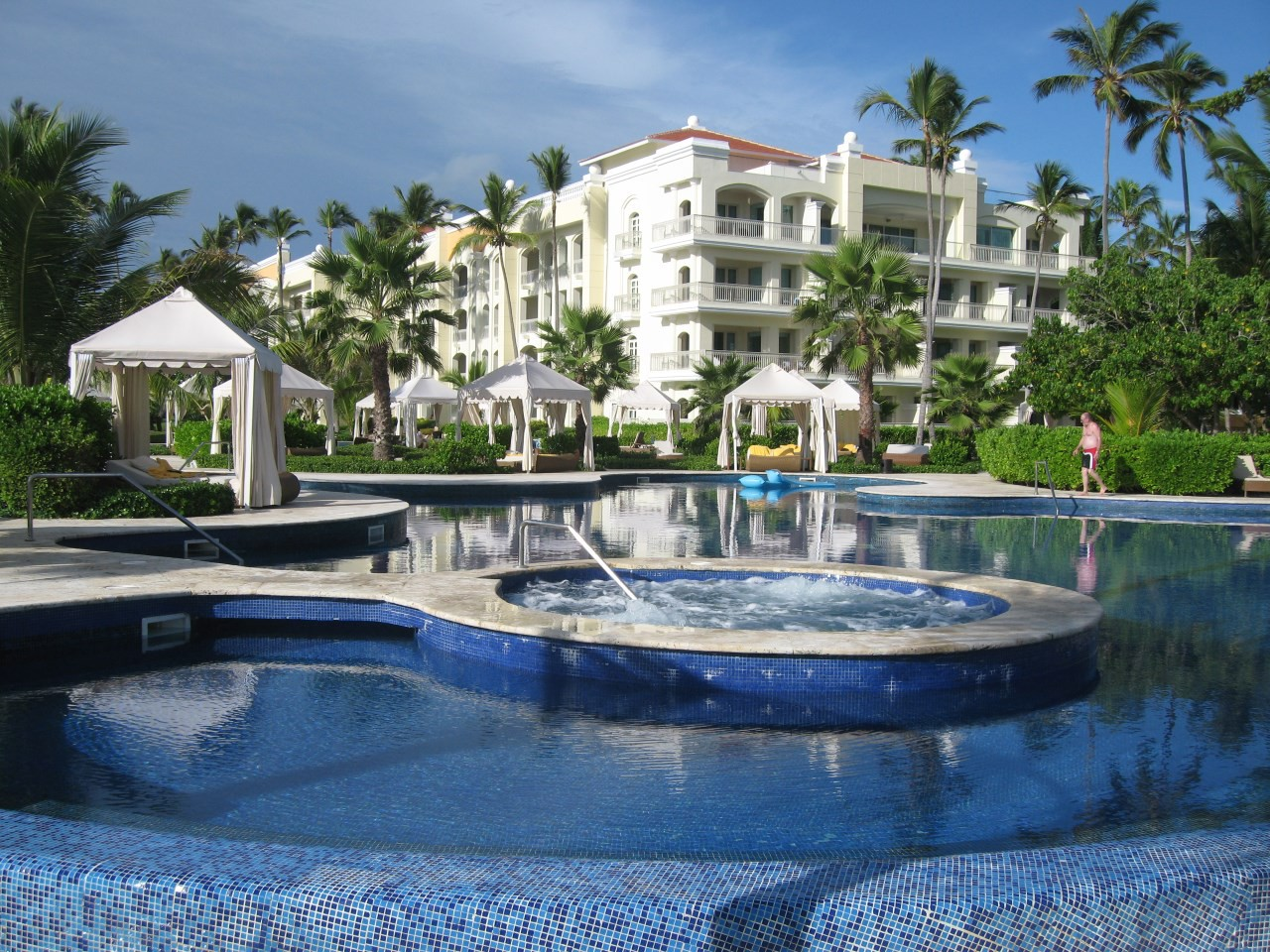 iberostar-grand-bavaro-swimmingpool-1