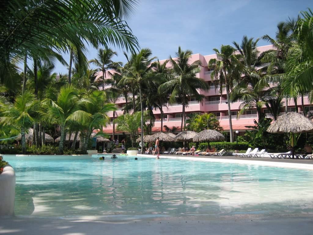 Hotel riu naiboa all inclusive hotel punta cana - Poolanlage Im Riu Naiboa In Punta Cana Poolanlage Im Riu Naiboa Poolanlage Im Riu Naiboa